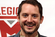 Elijah Wood attends Los Angeles Comic Con at Los Angeles Convention Center on October 27, 2018 in Los Angeles, California.