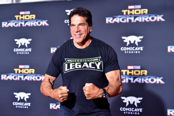Lou Ferrigno Premiere of Disney and Marvel's 'Thor: Ragnarok' - Arrivals