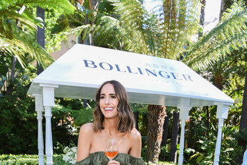Louise Roe Kelly Lynch And Carlota Espinosa Host High Tea