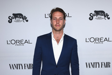 Luke Bracey Vanity Fair and L'Oreal Paris Toast to Young Hollywood, Hosted by Dakota Johnson and Krista Smith