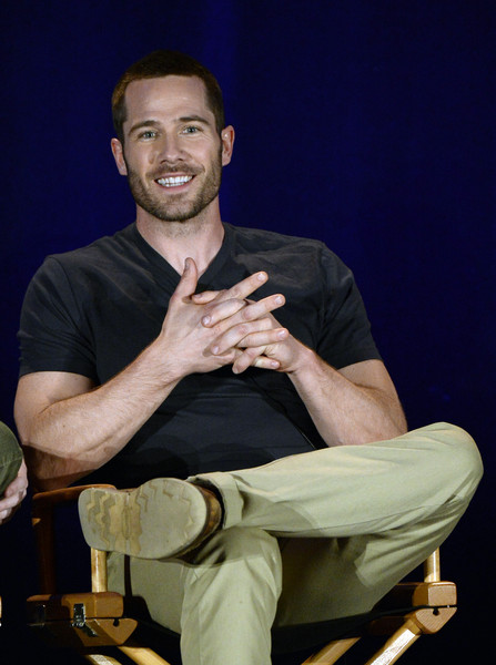 "Luke MacFarlane Cast member Luke Macfarlane of ""Killjoys"" participates ..."