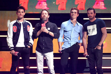 Luke Perry KJ Apa 2018 iHeartRadio Music Festival -  Night 2 – Show