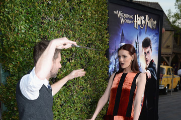 Lydia Hearst Chris Hardwick Universal Studios Hollywood Hosts the Opening of 'The Wizarding World of Harry Potter' - Arrivals