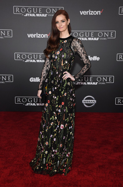 Premiere of Walt Disney Pictures and Lucasfilm's 'Rogue One: A Star Wars Story' - Arrivals