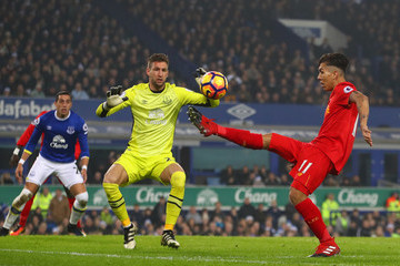 Maarten Stekelenburg Everton v Liverpool - Premier League