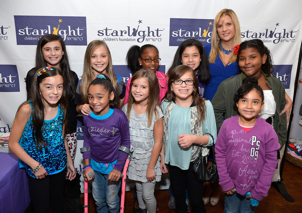 Maddie ziegler photos photos dance moms fan meet and greet dance moms fan meet and greet benefiting starlight childrens foundation m4hsunfo Image collections