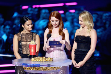 Madelaine Petsch Camila Mendes 2018 MTV Movie And TV Awards - Show