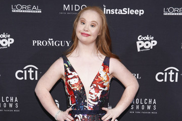 Madeline Stuart Nolcha Shows Runway New York Fashion Week Fall Winter 2017 Front Row