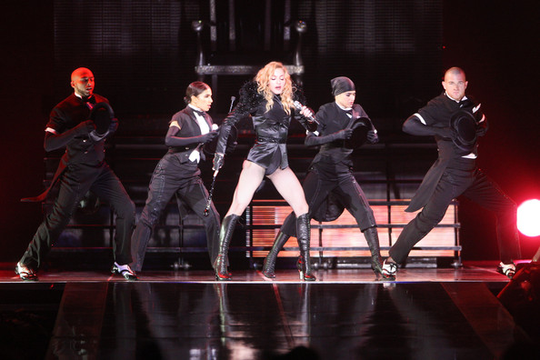 Madonna+Sticky+And+Sweet+Tour+KYvemgNOrJ
