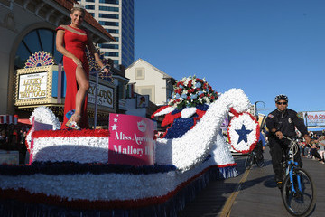 Mallory Hagan The 2014 Miss America Competition Parade