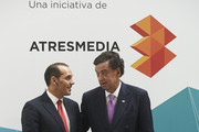 Juan Verde (L) and former USA New Mexico Governor Bill Richardson (R) attend the Management & Business Summit 2015 at the Palacio Municipal de Congresos on June 17, 2015 in Madrid, Spain.