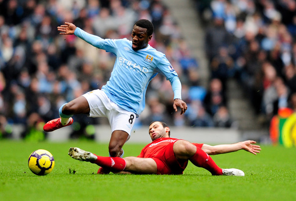 http://www1.pictures.zimbio.com/gi/Manchester+City+v+Liverpool+Premier+League+rE_54ItHSg3l.jpg