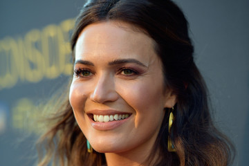 Mandy Moore FYC Panel Event For 20th Century Fox And NBC's 'This Is Us' - Red Carpet