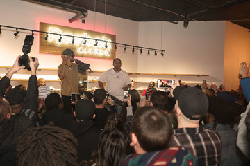 Mannie Fresh Juvenile And Mannie Fresh Launch The New Reebok Workout Low Sneaker Politics x Humidity Skate Shop