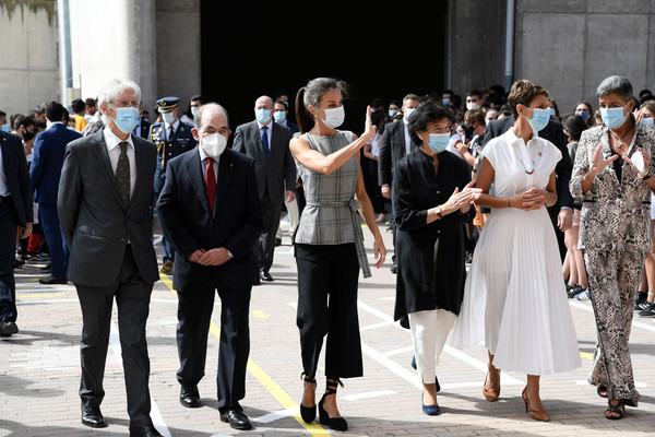 Queen Letizia Attends The Opening of The School Course 20-21 [fashion,event,crowd,tourism,photography,dress,white-collar worker,street fashion,city,style,letizia,queen,letizia attends,spain,navarra,the school course,school,opening,opening,event,fashion,socialite,dos gardenias stein square neck bralette bikini top,crowd,pedestrian,event]