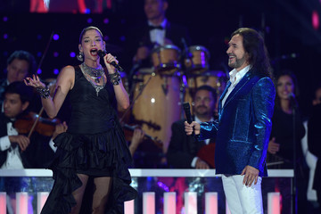 Marco Antonio Solis Billboard Latin Music Awards - Show