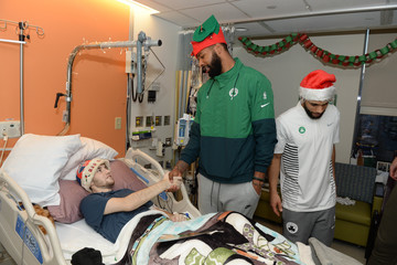 Marcus Morris Boston Celtics Spread Holiday Cheer By Caroling And Crafting With Patients At Boston Children's Hospital