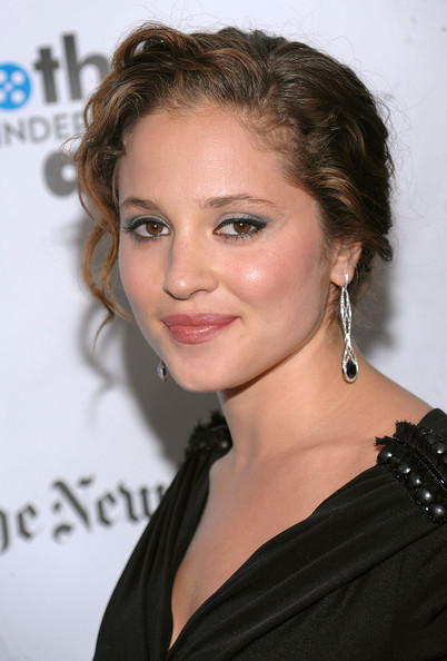 Margarita Levieva - Gallery Photo Colection