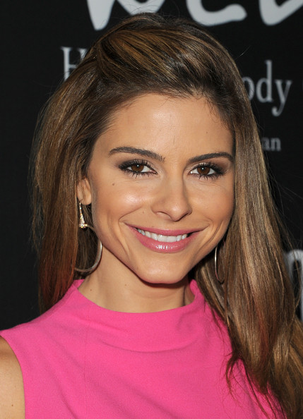 http://www1.pictures.zimbio.com/gi/Maria+Menounos+Elyse+Walker+Presents+8th+Annual+W9XsdQGqyLhl.jpg