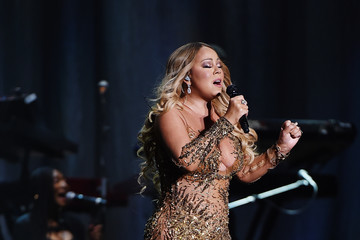 Mariah Carey Lionel Richie Performs With Guest Mariah Carey in Concert - New York, New York