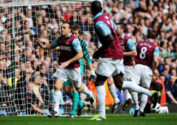 Mark Noble Mark Noble of West Ham United celebrates scoring his penalty during the Barclays Premier League match between West Ham United and Manchester United at the Boleyn Ground on April 2, 2011 in London, England.