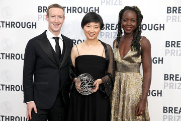 Mark Zuckerberg 2019 Breakthrough Prize - Backstage