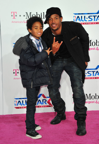 marlon wayans pictures tmobile magenta carpet at the