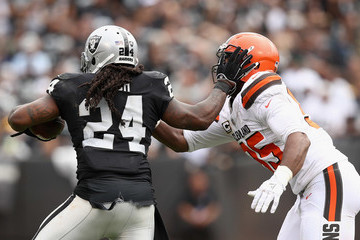Marshawn Lynch Cleveland Browns vs. Oakland Raiders