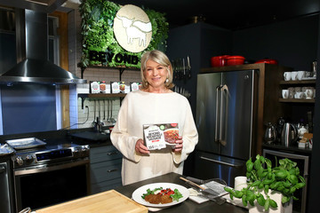Martha Stewart Beyond Meat Partners With Martha Stewart To Launch Beyond Breakfast Sausage In New York City