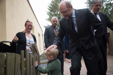 Martin Schulz Chancellery Martin Schulz Visits Social Projects