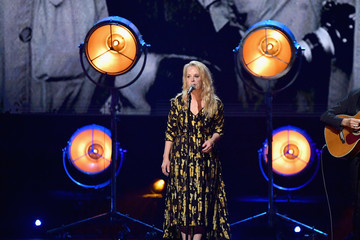 Mary Chapin Carpenter 32nd Annual Rock & Roll Hall Of Fame Induction Ceremony - Show