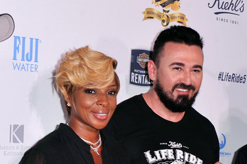 Mary J. Blige 5th Annual Kiehl's LifeRide Celebration — Part 3