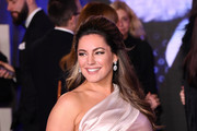 """Kelly Brook attends the European Premiere of """"Mary Poppins Returns"""" at Royal Albert Hall on December 12, 2018 in London, England."""