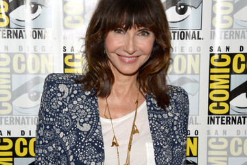"Mary Steenburgen Comic-Con International 2016 - ""The Last Man On Earth"" Press Line"