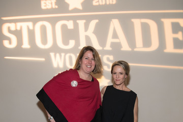 Mary Stuart Masterson Mary Stuart Masterson Hosts Holiday Fundraiser for #StockadeWorks