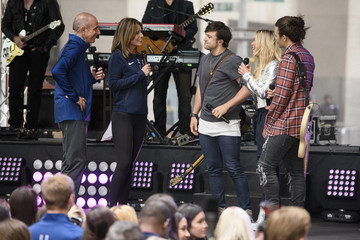 Matt Lauer Savannah Guthrie The Band Perry Performs on NBC's 'Today'