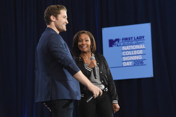 Matthew Morrison 3rd Annual College Signing Day - Show