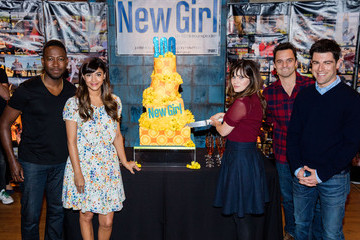 Max Greenfield FOX's 'New Girl' 100th Episode Cake-Cutting