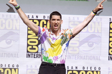 Max Landis Comic-Con International 2017 - 'Dirk Gently's Holistic Detective Agency' BBC America Official Panel