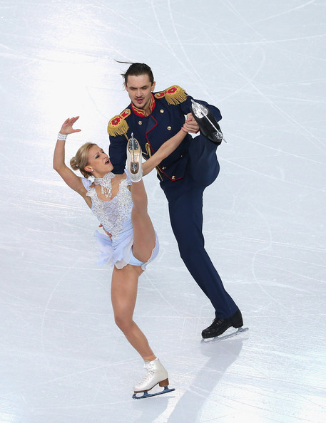"""dating figure skating pairs And we were both very clearly said the on-ice partnership is no 1"""" luckily for  them, however, they're dating other skaters and both couples."""