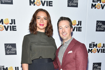 Maya Rudolph Saks Fifth Avenue Window Unveiling With Cast of 'The Emoji Movie'