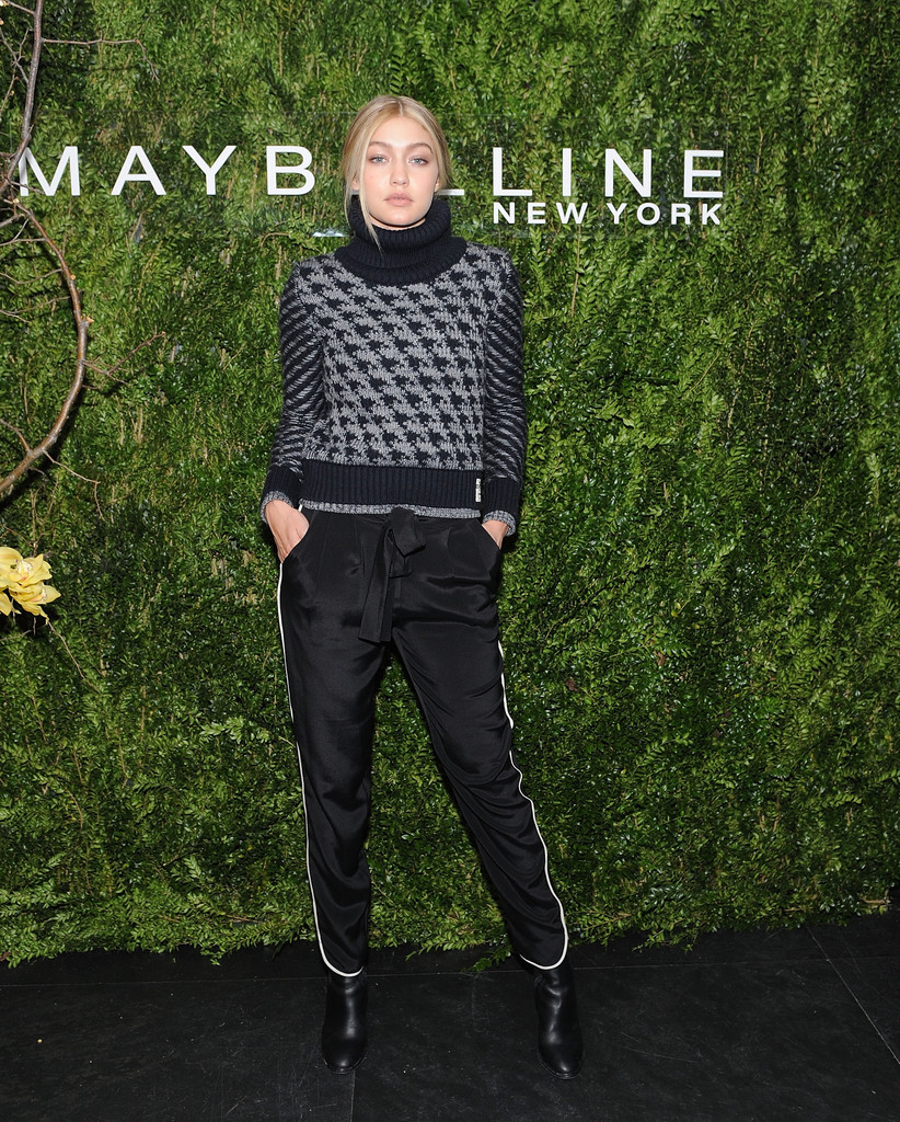 Gigi Hadid's Best Looks, On and Off the Red Carpet