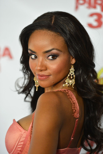 Meagan Tandy Pictures Premiere Of Dimension Films