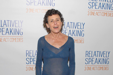 "Julie Kavner Meet The Cast Of Broadway's ""Relatively Speaking"""