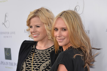 Megan Hilty Jennifer Love Hewitt Celebrate Her Maternity Line — Part 2