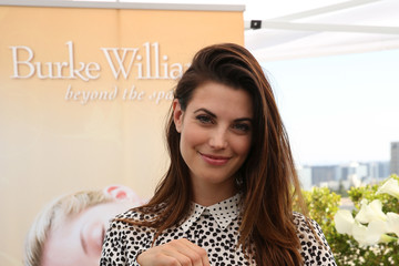 Meghan Ory PILOT PEN & GBK's Pre-Emmy Luxury Lounge - Day 1