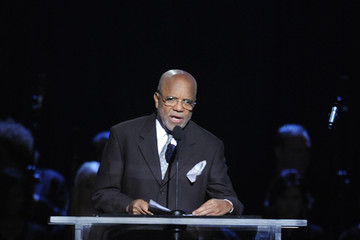 Berry Gordy Jr. Memorial Service For Michael Jackson Draws Thousands Of Fans And Mourners