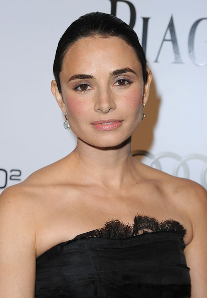 Mia Maestro Actress Mia Maestro arrives at the amfAR Inspiration Gala celebrating men's style with Piaget and DSquared 2 at Chateau Marmont on October 27, 2010 in Los Angeles, California.