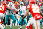 Quarterback Jay Cutler #6 of the Miami Dolphins looks to pass during the game against the Kansas City Chiefs at Arrowhead Stadium on December 24, 2017 in Kansas City, Missouri.