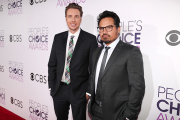 Michael Pena People's Choice Awards 2017 - Red Carpet